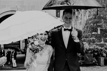 happy couple rainy wedding zurich